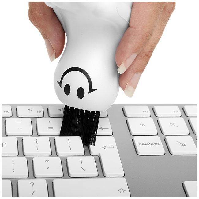 Solange keyboard brush stress reliever