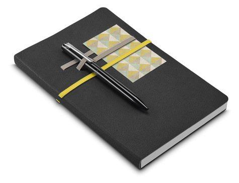 Notebook A5, with elastics