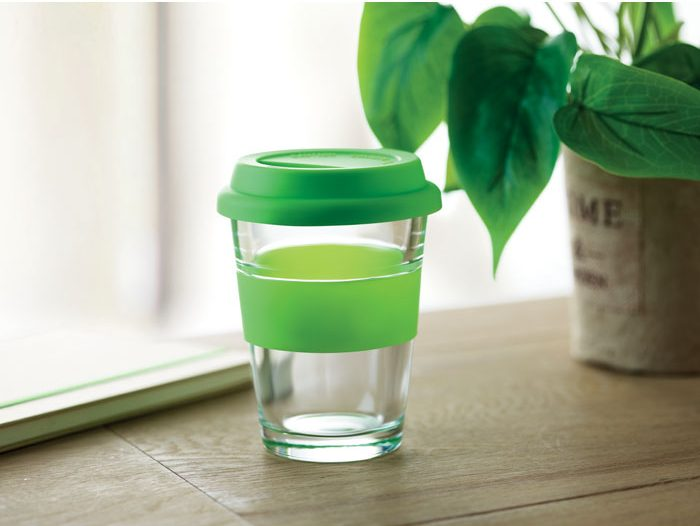 Glass tumbler with lid