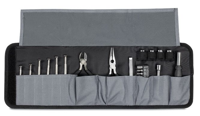 Tool Set In A Pouch - Ingenio